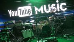 Warner y YouTube renuevan licencias para música en streaming