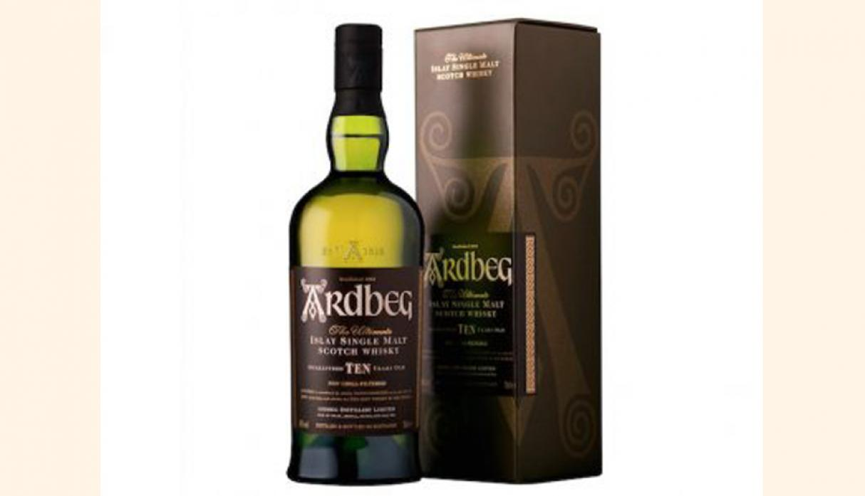 Mejor Single Malt Scotch 10 Años – Ardbeg 10 Años de Edad, US$ 61.85. (Foto: businessinsider)