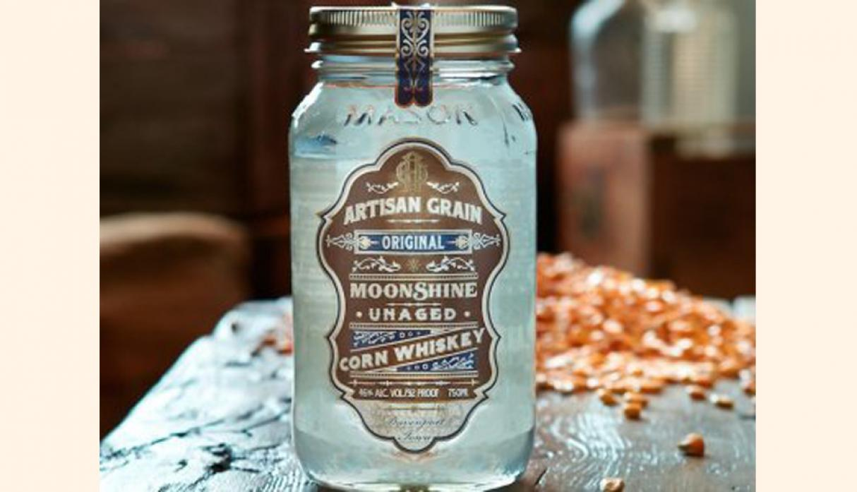 Mejor Moonshine – Artisan grano original Moonshine, precio US$ 23.99. (Foto: businessinsider)