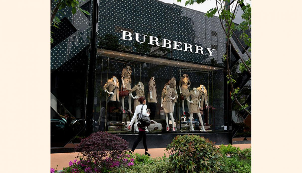 Burberry . Valor neto: US$ 4.340 millones.